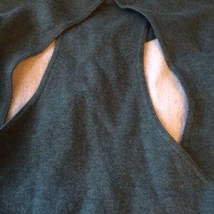 Tops - Awesome LULULEMON Go endeavor open back sweatshirt